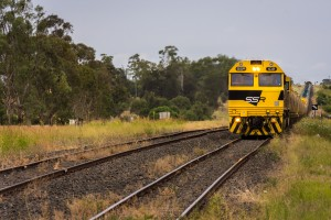 Largest grain train - travelling through Narrabri 2 Dec 2015